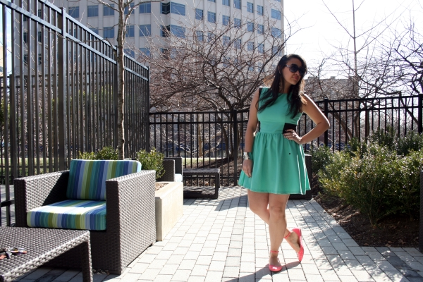 What's this? Mint colored dress with coral colored flats?! Um yeah!