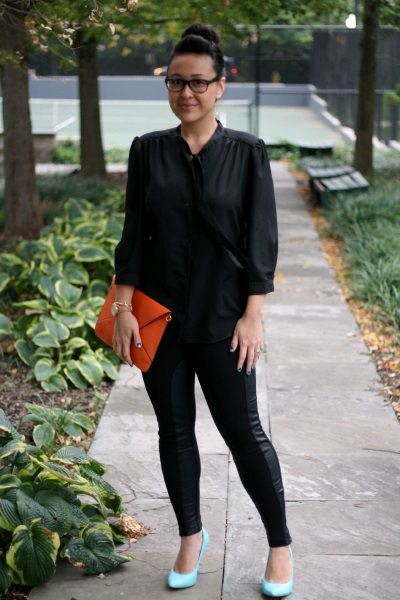 Shoes and leggings by Forever 21, blouse Ann Taylor Loft and envelope clutch by Jacksons Runaway.